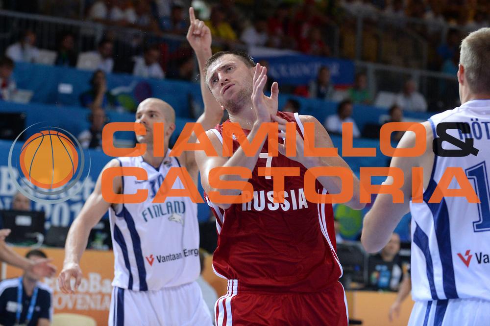 DESCRIZIONE : Capodistria Koper Slovenia Eurobasket Men 2013 Preliminary Round Finlandia Russia Finland Russia<br /> GIOCATORE : Vitaliy Fridzon<br /> CATEGORIA : Delusione<br /> SQUADRA : Russia<br /> EVENTO : Eurobasket Men 2013<br /> GARA : Finlandia Russia Finland Russia<br /> DATA : 08/09/2013<br /> SPORT : Pallacanestro&nbsp;<br /> AUTORE : Agenzia Ciamillo-Castoria/Max.Ceretti<br /> Galleria : Eurobasket Men 2013 <br /> Fotonotizia : Capodistria Koper Slovenia Eurobasket Men 2013 Preliminary Round Finlandia Russia Finland Russia<br /> Predefinita :
