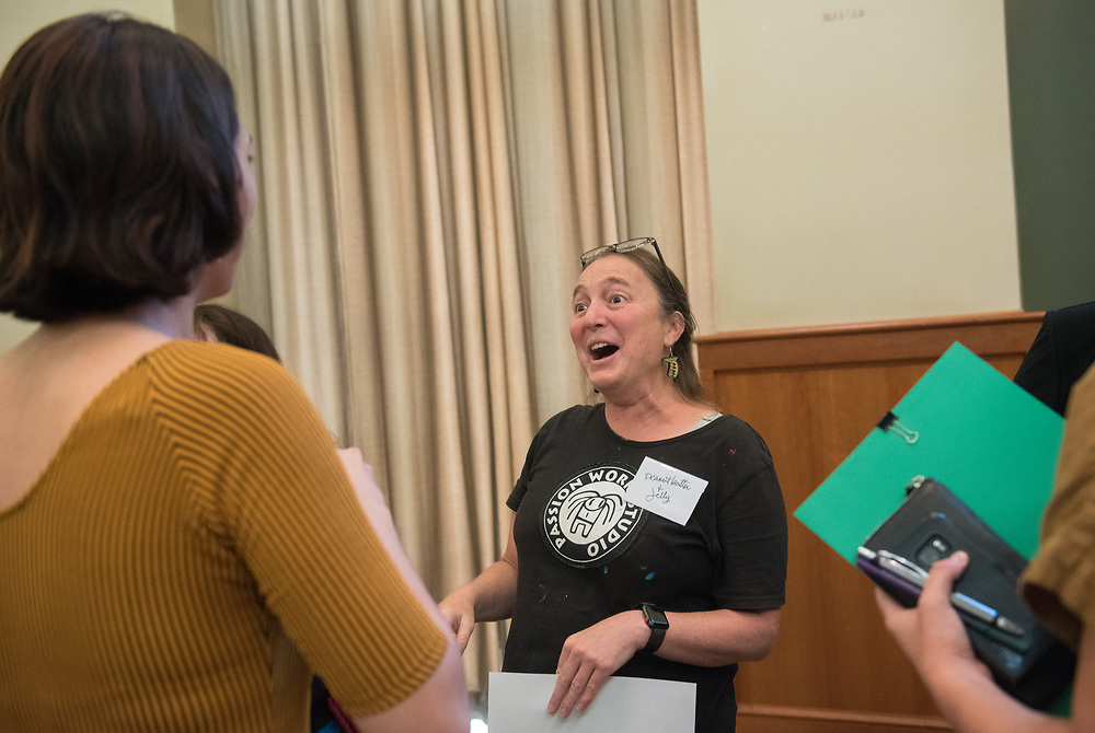 Ami Scherson meets her mentor Patty Mitchell for the first time during the Women's Mentoring Meet and Greet event on Sept. 4, 2018 in Walter Rotunda. Photo by Hannah Ruhoff
