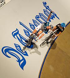 08-01-2012 WIELRENNEN: RABOBANK ZESDAAGSE: ROTTERDAM<br /> (L-R) Iljo Keisse wint de afvalkoers voor Roy Pieters<br /> (c)2012-FotoHoogendoorn.nl / Peter Schalk