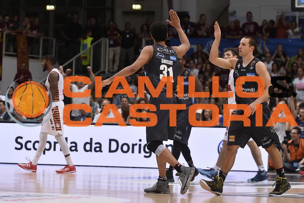 esultanza Dolomiti Energia Aquila Basket Trento<br /> Dolomiti Energia Aquila Basket Trento - Umana Reyer Venezia<br /> Playoff Gara 4<br /> Lega Basket 2016/2017<br /> Trento 16/06/2017<br /> Foto Ciamillo-Castoria
