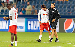 24.08.2016, Red Bull Arena, Salzburg, AUT, UEFA CL, FC Red Bull Salzburg vs Dinamo Zagreb, Play off, Rueckspiel, im Bild Diadie Samassekou (FC Red Bull Salzburg), Jonatan Soriano (FC Red Bull Salzburg), Co Trainer Ruben Martinez (FC Red Bull Salzburg) // during the UEFA Championsleague Play off 2nd Leg Match between FC Red Bull Salzburg and Dinamo Zagreb at the Red Bull Arena in Salzburg, Austria on 2016/08/24. EXPA Pictures © 2016, PhotoCredit: EXPA/ JFK