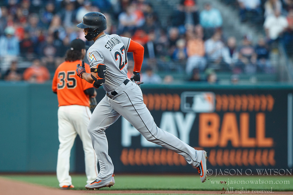 SAN FRANCISCO, CA - JULY 07: Giancarlo Stanton #27 of the Miami Marlins rounds the bases after hitting a two run home run against the San Francisco Giants during the first inning at AT&T Park on July 7, 2017 in San Francisco, California.  (Photo by Jason O. Watson/Getty Images) *** Local Caption *** Giancarlo Stanton