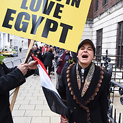 London,UK, 25th January 2015 : A small group of Sisi's supporter counters protest against Muslim Brotherhood's of the 4th anniversary Egyptian Revolution outside Egypt embassy in London. Photo by See Li