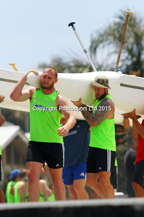 Sam Prattley and Jimmy Cowan, The Blues players set out in canoes during a super rugby pre season training session, Takapuna Beach, Auckland. 9 January 2015. Copyright Photo: William Booth/www.photosport.co.nz