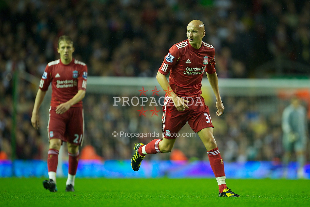 LIVERPOOL, ENGLAND - Wednesday, September 22, 2010: Liverpool's Jonjo Shelvey in action against Northampton Town during the Football League Cup 3rd Round match at Anfield. (Photo by David Rawcliffe/Propaganda)