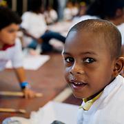 TALLER DE PINTURA DICTADO POR LA ARTISTA OLGA SINCLAIR<br /> Ciudad de Panama - Panama 14-01-2012<br /> Photography by Aaron Sosa<br /> (Copyright © Aaron Sosa)