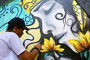 Belo Horizonte_MG, Brasil...Grafite na Escola Municipal Anne Frank, como parte de uma oficina do projeto Escola Aberta...The graffiti in the Municipal School Anne Frank, Its the part of a workshop in the Escola Aberta project...Foto: LEO DRUMOND / NITRO