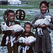Mongolia. meal in a yurt  Tereelg      / une jeune fille dans une famille de retraités à Tereelg   203       /  P0009467