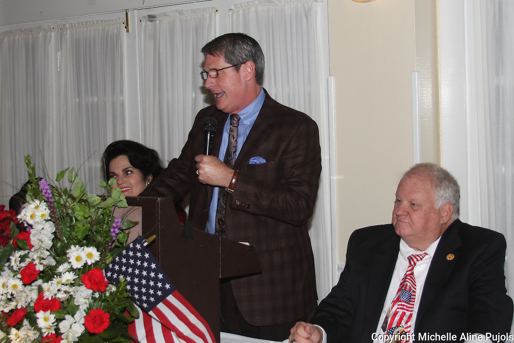 U. S. Senator David Vitter speaking at a Crimefighters banquet.
