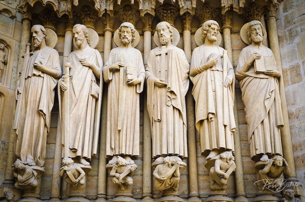 Statues, Notre Dame Cathedral, Paris, France