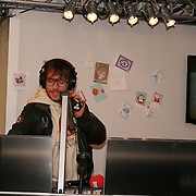 3FM Serious Request 2012 in Enschede van start! Chiel Beelen in het glazen huis
