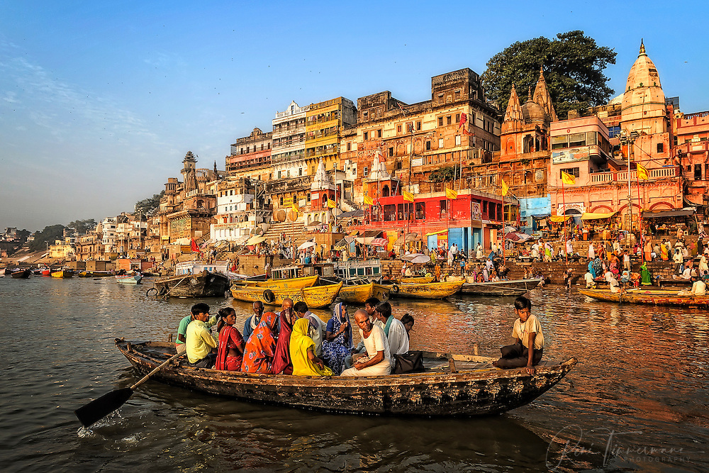 A boat ride on the Ganges
