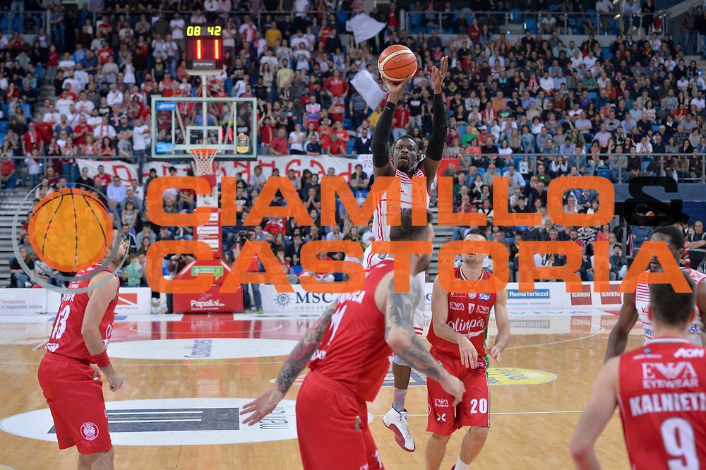 Jeremy Hazell<br /> Consultinvest Victoria Libertas Pesaro - EA7 Emporio Armani Olimpia MIlano<br /> Lega Basket Serie A 2016/2017<br /> Pesaro, 30/04/2017<br /> Foto M.Ceretti / Ciamillo - Castoria