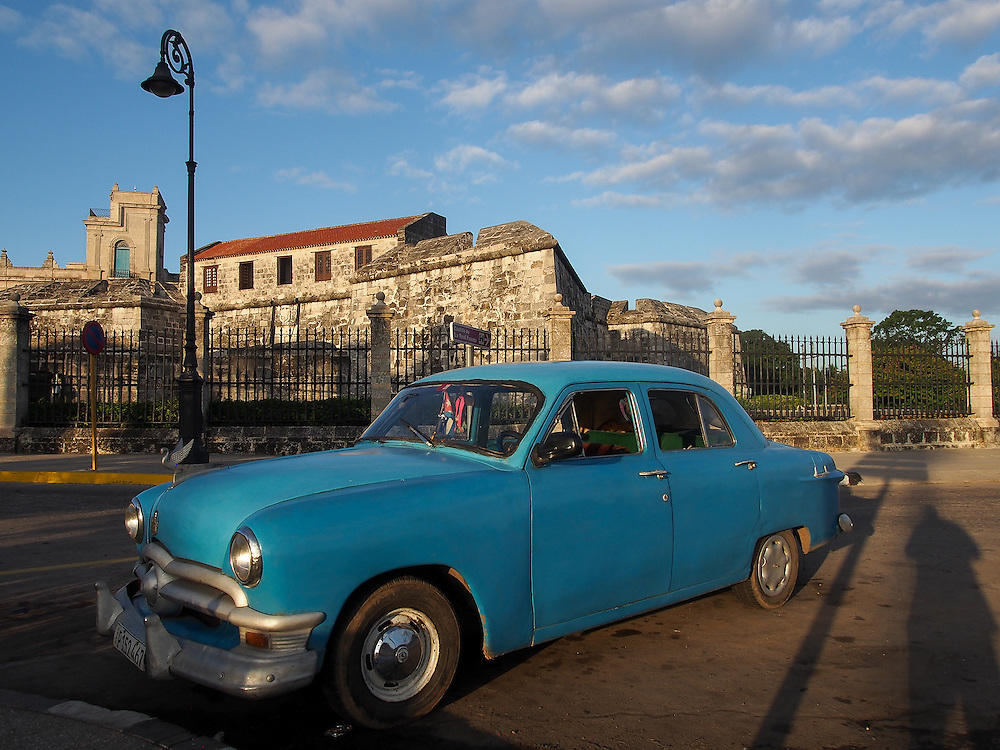 Old Havana, Golden hour, Travel Photography, classic cars, sunrise, chevy, Oldsmobile Chevrolet, Buick, Ford, Chrysler, Plymouth