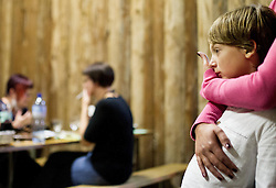 Mother and child. Photo by Vid Ponikvar / Sportida