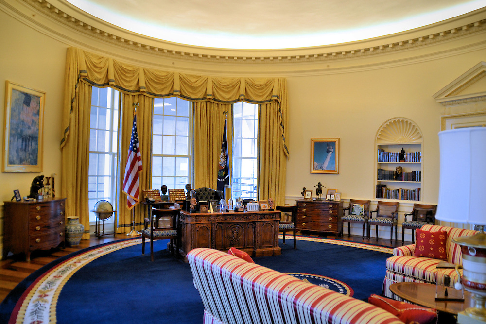 Oval Office at William Clinton Presidential Library in Little Rock
