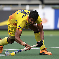 DEN HAAG - Rabobank Hockey World Cup<br /> 34 India - Korea<br /> Foto: Rupinder drag flick.<br /> COPYRIGHT FRANK UIJLENBROEK FFU PRESS AGENCY
