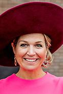 Koningin Maxima is in de Rijtuigenloods in Amersfoort om het 10-jarig jubileum van de stichting Het