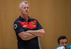 04-06-2016 NED: Nederland - Duitsland, Doetinchem<br /> Nederland speelt de tweede oefenwedstrijd in Doetinchem en verslaat Duitsland opnieuw met 3-1 / Coach Vital Heijnen