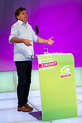 22.06.2019, Studio 44, Wien, AUT, Landesversammlung der Wiener Grüne, Wahl der Landesliste für die Nationalratswahl, im Bild Bundessprecher Werner Kogler​ // during the provincial assembly of the Vienna Greens and Election of the national list for the Nationalratwahl at the Studio 44 in Wien, Austria on 2019/06/22. EXPA Pictures © 2019, PhotoCredit: EXPA/ Johann Groder