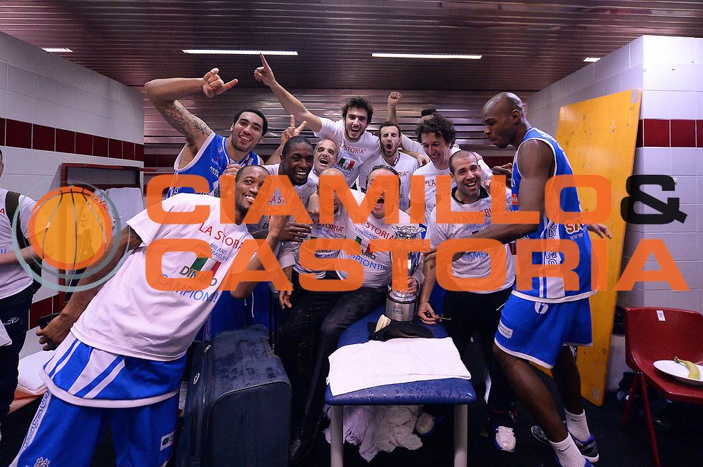 DESCRIZIONE : Milano Coppa Italia Final Eight 2014 Finale Montepaschi Siena Banco di Sardegna Sassari<br /> GIOCATORE : Team<br /> CATEGORIA : Esultanza<br /> SQUADRA : Banco di Sardegna Sassari<br /> EVENTO : Beko Coppa Italia Final Eight 2014<br /> GARA : Montepaschi Siena Banco di Sardegna Sassari<br /> DATA : 09/02/2014<br /> SPORT : Pallacanestro<br /> AUTORE : Agenzia Ciamillo-Castoria/R.Morgano<br /> Galleria : Lega Basket Final Eight Coppa Italia 2014<br /> Fotonotizia : Milano Coppa Italia Final Eight 2014 Finale Montepaschi Siena Banco di Sardegna Sassari<br /> Predefinita :