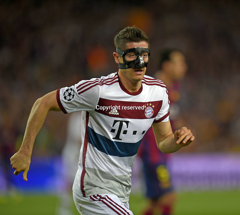 06.05.2015. Nou Camp, Barcelona, Spain, UEFA Champions League semi-final. Barcelona versus Bayern Munich.  Robert Lewandowski (Bayern Munich)