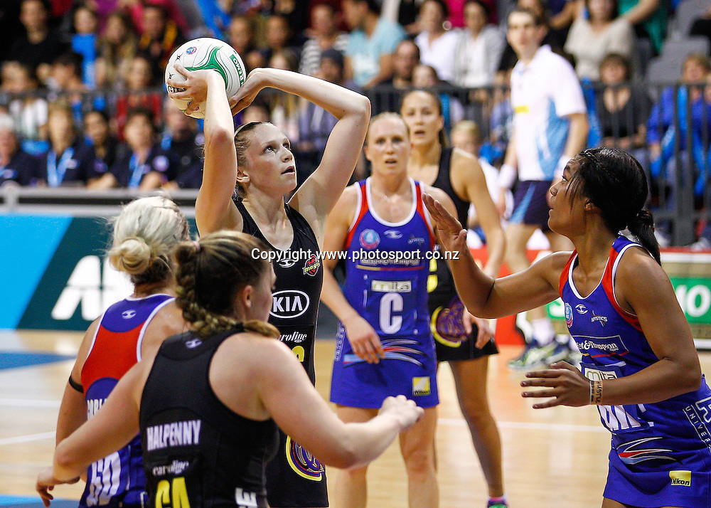 Waikato BOP Magic's Jo Harten lines up a shot during the ANZ Championship netball match - Waikato BOP Magic v Northern Mystics at Claudelands Arena, Hamilton, New Zealand on Saturday 20 April 2014.  Photo:  Bruce Lim / www.photosport.co.nz