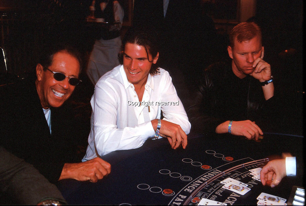 29.09.1999 Thommy Haas (ger) with tennis coach and trainer  Nick Bollettieri and David Red Ayme Players Party,  Compaq Grand Slam Cup 1999, ATP Tour, Halle, Germany