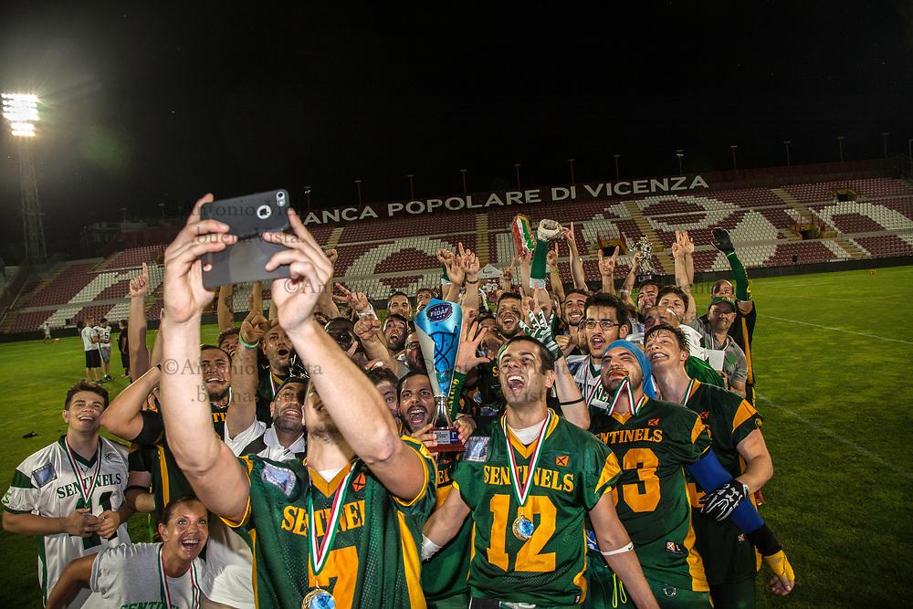 Sentinels Isonzo battono in finale i campioni uscenti Sharks Palermo per 17 a 14 e conquistano il NineBowl 2017.