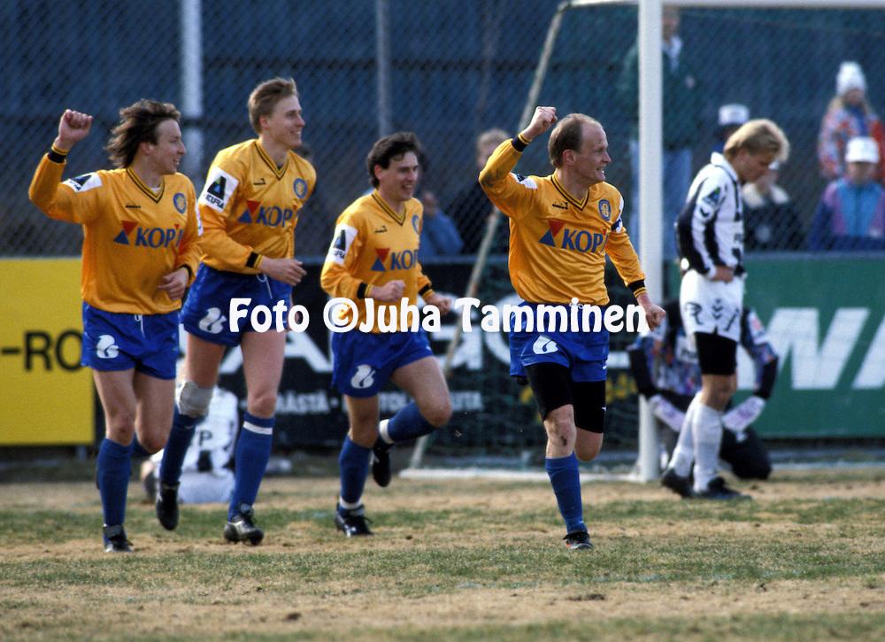 21.04.1991, Kupittaa Stadium, Turku, Finland..Jalkapalloliiga / Finnish League, Turun Palloseura v FC Kuusysi..Keijo Kousa - Kuusysi.©Juha Tamminen