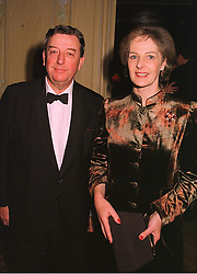LORD & LADY WAKEHAM at a dinner in London on 17th November 1998. MMD 25
