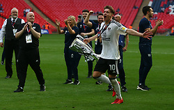 May 26, 2018 - London, England, United Kingdom - Fulham's Tom Cairney with Trophy.After the Championship Play-Off Final match between Fulham and Aston Villa at Wembley, London, England on 26 May 2018. (Credit Image: © Kieran Galvin/NurPhoto via ZUMA Press)