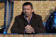 Phil Brown, Manager of Southend, looks on during the Sky Bet League 2 match at Roots Hall, Southend<br /> Picture by David Horn/Focus Images Ltd +44 7545 970036<br /> 10/01/2015