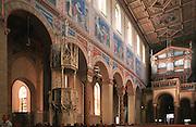 Deutschland, Germany,Baden-Wuerttemberg.Schwarzwald.Gengenbach, romanische Pfarrkirche (ehemalige Klosterkirche) innen.Gengenbach, romanic church, interior...