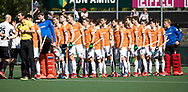 AMSTELVEEN  - Hockey -  1e wedstrijd halve finale Play Offs dames.  Amsterdam-Bloemendaal (5-5), Bl'daal wint na shoot outs.  line up Bloemendaal.    COPYRIGHT KOEN SUYK