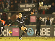 Newcastle - Sunday, February 20th, 2010: Jimmy Gopperth of Newcastle Falcons during the Guinness Premiership match at Newcastle. (Pic by Steven Hadlow/Focus Images)