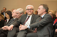 20 MAR 2013, BERLIN/GERMANY:<br /> Michael Sommer (L), Bundesvorsitzender Deutscher Gewerkschaftsbund, DGB, Frank-Walter Steinmeier (M), SPD Fraktionsvorsitzender, und Thomas Oppermann (R), SPD, 1. Parl. Geschaeftsfuehrer der SPD Fraktion, Fruehjahesempfang der SPD Bundestagsfraktion, Otto-Wels-Saals, Fraktionssaal, Deutscher Bundestag<br /> IMAGE: 20130320-01-010<br /> KEYWORDS: Frühjahrsempfang