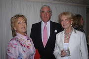 Mrs. Martin Lane-Fox and Rupert and Robin Hambro.. Cartier dinner after thecharity preview of the Chelsea Flower show. Chelsea Physic Garden. 23 May 2005. ONE TIME USE ONLY - DO NOT ARCHIVE  © Copyright Photograph by Dafydd Jones 66 Stockwell Park Rd. London SW9 0DA Tel 020 7733 0108 www.dafjones.com