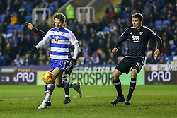 John Swift of Reading in action - Mandatory by-line: Jason Brown/JMP - 14/02/2017 - FOOTBALL - Madejski Stadium - Reading, England - Reading v Brentford - Sky Bet Championship