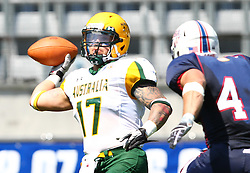 08.07.2011, Tivoli Stadion, Innsbruck, AUT, American Football WM 2011, Group A, United States of America (USA) vs Australia (AUS), im Bild Liam Erby (Australia, #17, TE) gets under pressure from Zach Watkins (USA, #44, LB)  // during the American Football World Championship 2011 Group A game, USA vs Australia, at Tivoli Stadion, Innsbruck, 2011-07-08, EXPA Pictures © 2011, PhotoCredit: EXPA/ T. Haumer