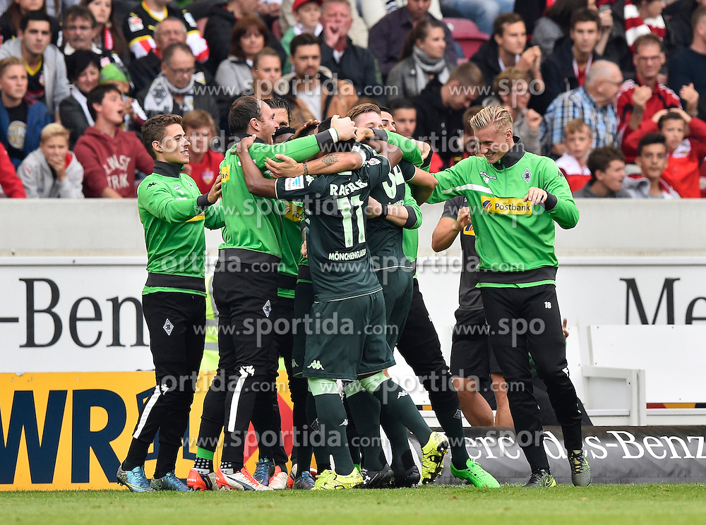 26.09.2015, Mercedes Benz Arena, Stuttgart, GER, 1. FBL, VfB Stuttgart vs Borussia Moenchengladbach, 7. Runde, im Bild TOR zum 0:1 durch Granit Xhaka Borussia Moenchengladbach // during the German Bundesliga 7th round match between VfB Stuttgart and Borussia Moenchengladbach at the Mercedes Benz Arena in Stuttgart, Germany on 2015/09/26. EXPA Pictures &copy; 2015, PhotoCredit: EXPA/ Eibner-Pressefoto/ Weber<br /> <br /> *****ATTENTION - OUT of GER*****