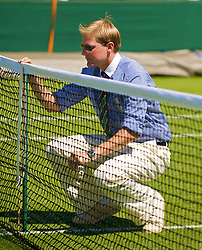 LONDON, ENGLAND - Tuesday, June 23, 2009: Line judge Jan Schroder during a Ladies' Singles 1st Round match on day two of the Wimbledon Lawn Tennis Championships at the All England Lawn Tennis and Croquet Club. (Pic by David Rawcliffe/Propaganda)