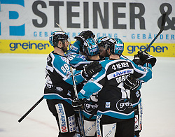 07.02.2016, Keine Sorgen Eisarena, Linz, AUT, EBEL, EHC Liwest Black Wings Linz vs Dornbirner Eishockey Club, Platzierungsrunde,im Bild Linz feiert das Tor zum 2 zu 3 // during the Erste Bank Icehockey League 51th round match - placement round between EHC Liwest Black Wings Linz and Dornbirner Eishockey Club at the Keine Sorgen Icearena, Linz, Austria on 2016/02/07. EXPA Pictures © 2016, PhotoCredit: EXPA/ Reinhard Eisenbauer