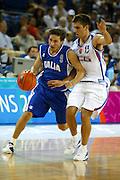 ATENE, 17 AGOSTO 2004<br /> OLIMPIADI ATENE 2004<br /> BASKET <br /> ITALIA - SERBIA E MONTENEGRO <br /> NELLA FOTO: GIANMARCO POZZECCO<br /> FOTO CIAMILLO