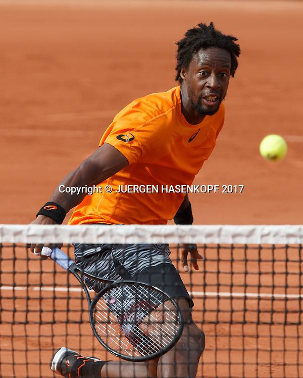 GAEL MONFILS (FRA) spielt einen Stoppball am Netz,<br /> <br /> Tennis - French Open 2017 - Grand Slam ATP / WTA -  Roland Garros - Paris -  - France  - 30 May 2017.