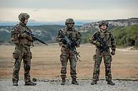 Soldats du 2eme REI<br /> Francoise Dumas, deputee LREM en visite  au 2eme regiment etranger d infanterie.Pendant cette visite elle d&eacute;couvre le VBCI et echange avec les militaires<br /> VBCI<br /> Vehicule blinde de combat &nbsp;fran&ccedil;ais&nbsp;tout-terrain&nbsp;a huit roues, con&ccedil;u et fabrique en France par&nbsp;Nexter Systems&nbsp;et par&nbsp;Renault Trucks Defense<br /> 11&nbsp;soldats&nbsp;peuvent prendre place a bord du vehicule, qui est equipe de tous les moyens de communication modernes<br /> L objectif du VBCI est d amener le&nbsp;fantassin&nbsp;au plus pres des combatLa protection du vehicule peut etre adaptee a la menace<br /> Le VBCI peut-etre&nbsp;aerotransportable&nbsp;par un&nbsp;Airbus A400M