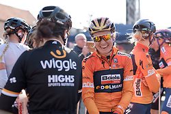 Amy Pieters catches up with her old teammates at Women's Gent Wevelgem 2017. A 145 km road race on March 26th 2017, from Boezinge to Wevelgem, Belgium. (Photo by Sean Robinson/Velofocus)