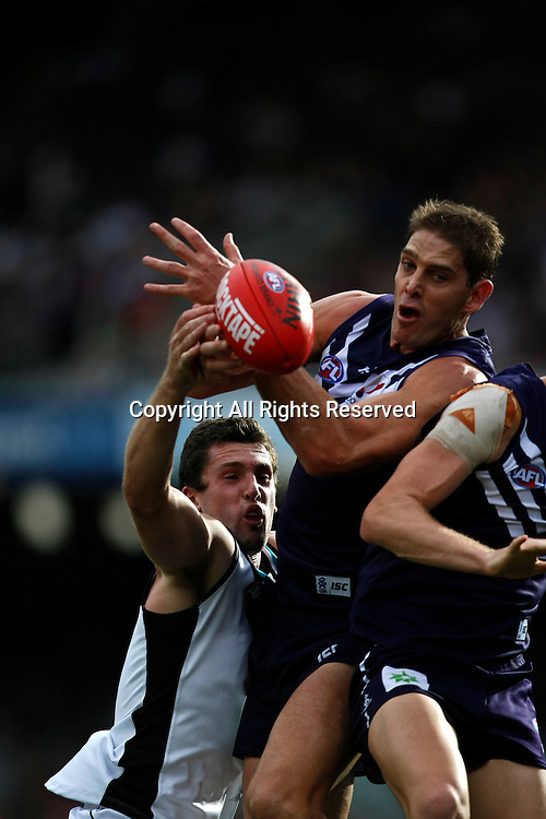 13.05.2012 Subiaco, Australia. Fremantle v Port Adelaide. Aaron Sandilands in action during the Round 7 game played at Patersons Stadium.