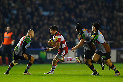 Gloucester replacement (#20) Gareth Evans runs at Harlequins Flanker (#6) Maurie Fa'asavalu during the second half of the match - Photo mandatory by-line: Rogan Thomson/JMP - Tel: Mobile: 07966 386802 03/11/2012 - SPORT - RUGBY - Twickenham Stoop - London. Harlequins v Gloucester - Aviva Premiership