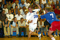Håndball - Fet - Stord 24-21 11. september 2002. Børge Brown, Stord.<br />